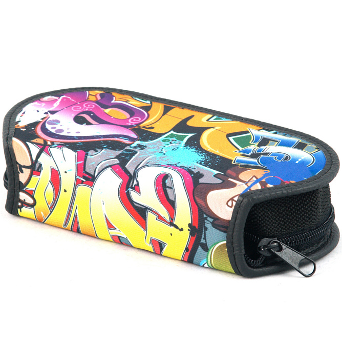 section divided pencil case #420 T2b graffiti